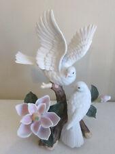 "Home Interiors 1999 Porcelain White Doves ""Magnolia Delight"" #11104-99 Figurine"