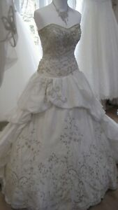 Superbe robe de mariée Grace Harrington perlée, strassée, taille 40/42 neuve
