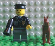 Neue Lego Minifigur Polizist mit Hund und Megafon (9247-8)   700