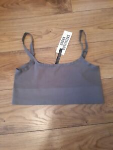 Urban Outfitters Green Ribbed Crop Top BNWT Size Med-large RRP £16