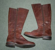 Clarks womens leather boots size 4.5 brown under knee elasticated panels at top
