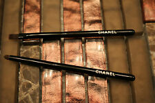 Chanel MINI eyeliner smudge brush + lip / eyeliner brush set, Travel size