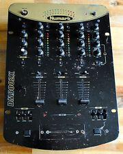 Table de mixage NUMARK DM3002XE