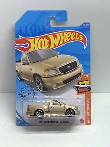 Hot wheels 99 Ford F-150 svt lightning
