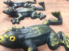 Set of 3 Climbing Tree Frog Hooks Hand Painted green, coat robe towel wall hook