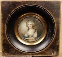 Miniature Peinture XIXe siècle Portrait de Jeune Femme Elégante Painting