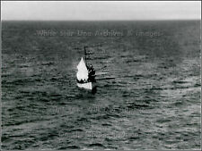 Original Restored View Of Titanic's Lifeboat 14 W/ Sail Raised - Officer Lowe