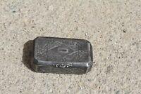 Anciene tabatière gravée métal argenté