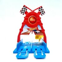 Hot Wheels Ultimate Garage Replacement Part Checkered Flag Win Gate 2015