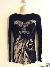Full Circle top, Size 8 UKxs, black with graphics, Excellent condition!
