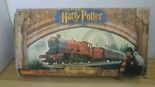 Hornby Harry Potter and The Philosopher's Stone Train Set - HOGWARTS EXPRESS
