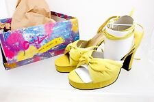 Chinese Laundry Platform high heels Peep Toe Strappy Lime Green size 9M