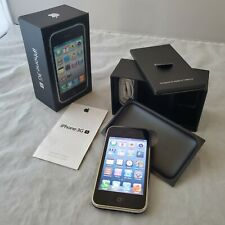 Apple iPhone 3GS - 8GB - Black UNLOCKED - Model A1303 (GSM) NEAR MINT CONDITION!