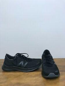 Men's New Balance Running Shoes Size 9.
