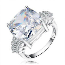 Loxlux Cubic Zirconia Square Cut Silver Ring – 8 Carat CZ Ring (Silver, 5)