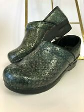 🔥 SANITA  Pro Animal Print Green Patent Leather Nurse Clogs Shoe sz 39 US 8.5-9