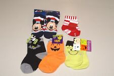 LOT OF 5 BOYS SZ 0-12 MONTHS CHRISTMAS, MICKEY MOUSE, & HALLOWEEN SOCKS NWT