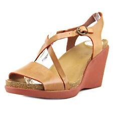 Sandali e scarpe Kickers marrone per il mare da donna