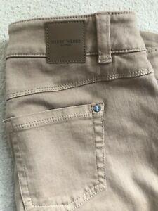 New GERRY WEBER Sand Light Brown Jeans Size 40 / UK 14
