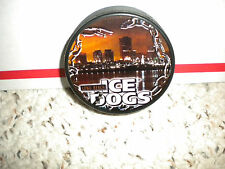 NEW ECHL LONG BEACH ICE DOGS OFFICIAL SOUVINER HOCKEY  PUCK + PUCK CASE