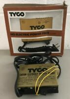Tyco HO Scale Railroad Electric Power Pack 120V In. 18VDC 20VAC 9W Out with Box