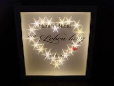 Geschenk zur Hochzeit Namen u. Datum Bild Brautpaar Bilderrahmen beleuchtet LED