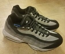 Nike Men s Shoes Air Max 2010 Gray Black Lace Up 609048-036 Sz 13 2255c3800
