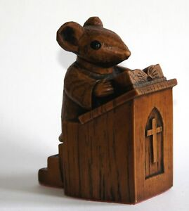 Church Mouse Vicar Pulpit Ornament Hand Made Carving unique Bible Cathedral Gift