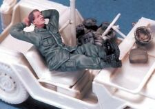 LEGEND PRODUCTION, LF0016, US Soldier at rest #1 (Vietnam), 1:35