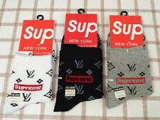 NWT Supreme Men's Middle Tube Socks Size 7-10.5 US, 6-9.5 Uk, 39-46 EU One Pair