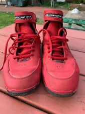 Nike Hl'Arache 2K4 Red Tennis Shoes Pre Owned Size 11.5