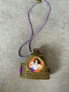 Disney's Polly Pocket The Hunchback of Notre Dame Once Upon A Time Locket comple