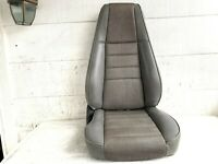 1987-1995 Jeep Wrangler YJ Right PASSENGER FRONT RECLINING SEAT Gray Vinyl Chair