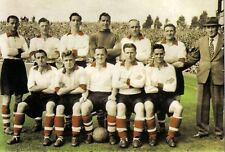 COLLECTION OF #135 LIVERPOOL FOOTBALL TEAM PHOTOS