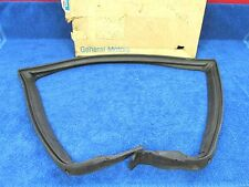 1973-75 CHEVY CHEVELLE WAGON  RH SIDE  ROOF RAIL  REAR WEATHERSTRIP   NOS GM 517