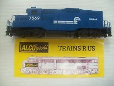 WALTHERS GP9M CONRAIL # 7569  NEW