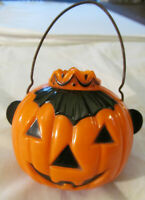 Vintage Halloween Rosbro Rosen Pumpkin Crowned Candy Container Plastic w/ Handle