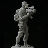 1/35 War cameraman Resin Kits Unpainted WW2 Figure Model GK Unassembled