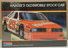 OLDS HARDEE'S 29 CALE YARBOROUGH 87 OLDSMOBILE WINSTON NASCAR MONOGRAM MODEL KIT