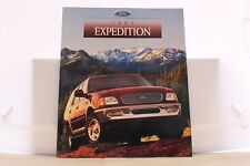 """1997 Ford Expedition Dealer Brochure 9"""" x 11"""" Mint"""