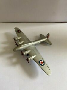 Dinky 62g Long Range Bomber - Flying Fortress - Excellent Condition and Original