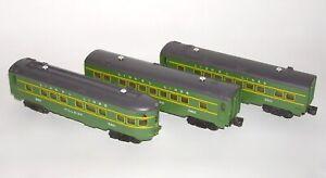 High Grade Set of (3) Lionel O Gauge Passenger Cars 2400, 2401 2402 (DAKOTApaul)