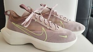 Nike Vista Lite Fossil Stone Desert Dust Barely Volt Women's Shoes Size 8