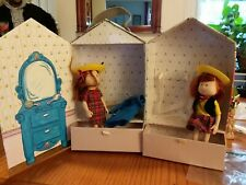Madeline and friends dolls (2), Genevieve and carrying case doll house