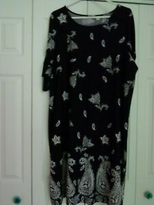 Plus size Kim Rogers dress size 2X black and white polyester