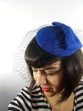 Mini chapeau bibi plat rétro vintage bleu saphir noeud voilette résille pinup