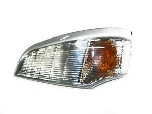 Fits Mitsubishi Canter / Fuso Truck (2005 - 2011) Front Indicator Lamp L/H