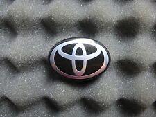 Toyota Prius late model factory driver/steering wheel airbag emblem/badge OEM
