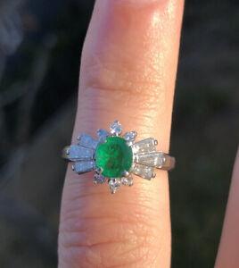 Wow Platinum Natural Emerald & Diamond Ring 1.20ctw 5.8g