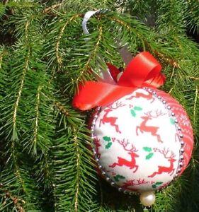 Christmas Handmade Luxury 8cm Tree Baubles Red & White Reindeer Decoration
